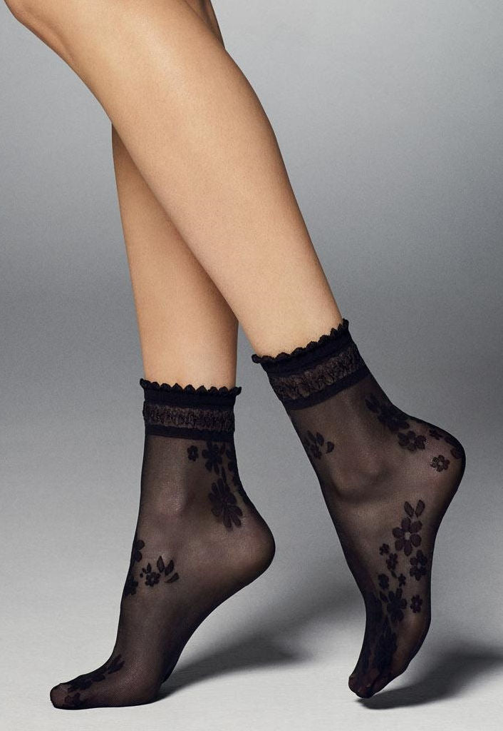 Maxima Floral Patterned Sheer Ankle Socks by Veneziana in black