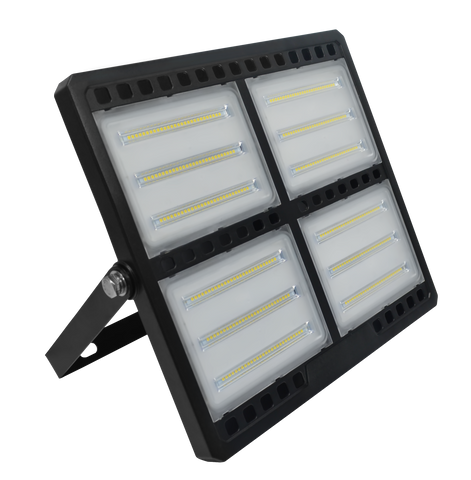 200 Watt LED Floodlight met ophangbeugel vervangt tien 100 Watt gloeilampen