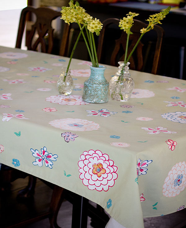 Retro Soft Floral Tablecloth