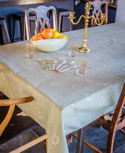Soft Shell Pattern Tablecloth