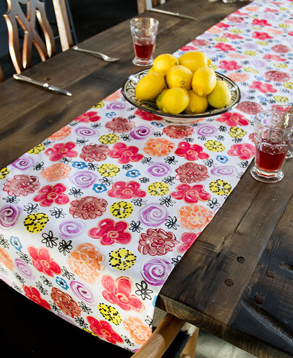 Vintage Bright Flower Garden Runner