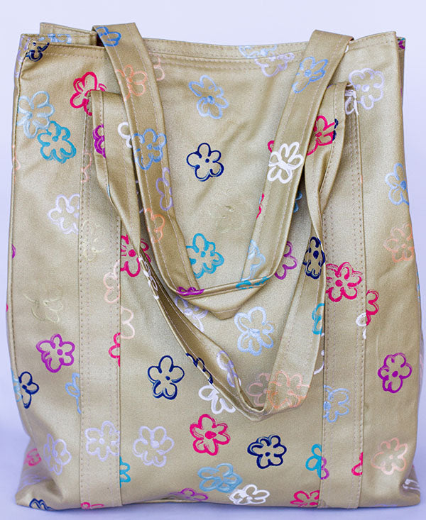 Daisies on Gold Shopper