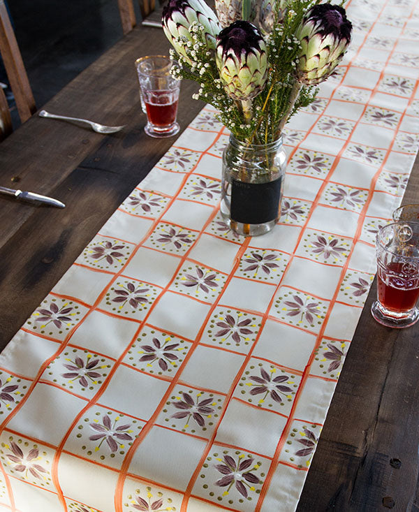 Check with Daisies Runner