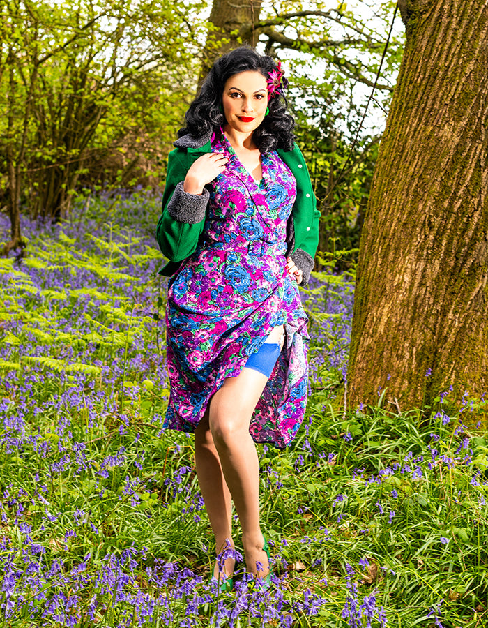 Vintage Style | Green Lingerie and Vintage Floral Dress