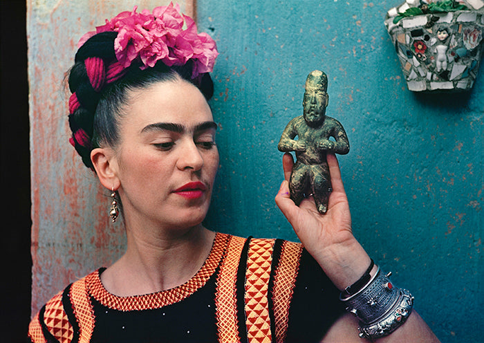 V&A Museum | Frida Kahlo Making Her Self Up