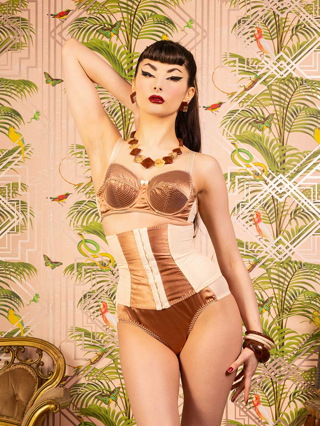 Vintage style waspie by What Katie Did.  Peach and latte waspie waist cincher to enhance your curves