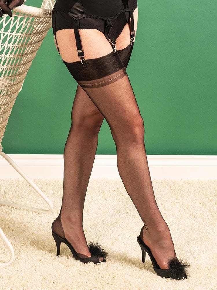fully fashioned stockings point heel
