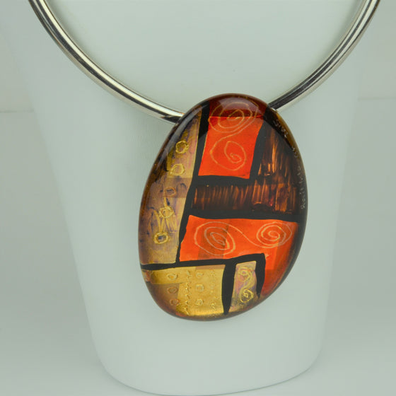 Oval Acrylic Necklace | Gail Klevan | Primavera Gallery