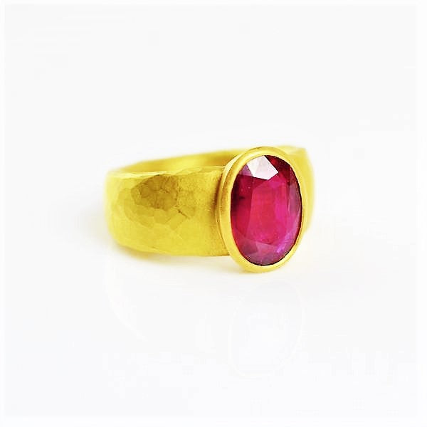 Betts, Malcolm – Gold Ruby Ring | Malcolm Betts | Primavera Gallery