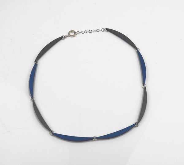 Beech, Rosina – Large Luna Link Necklace in Graphite and Blue | Rosina Beech | Primavera Gallery