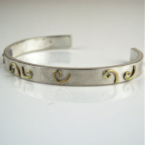 Palmer, Sarah – Silver with 'Gold Wave' Bangle | Sarah Palmer | Primavera Gallery
