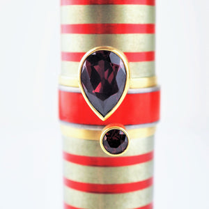 Ramshaw, Wendy – Gold Garnet Enamel Three Ring Set | Wendy Ramshaw | Primavera Gallery