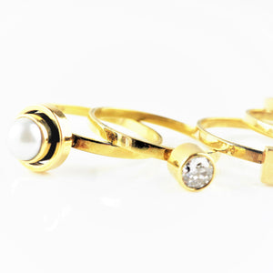 Ramshaw, Wendy – Gold Diamond Pearl Ring Set