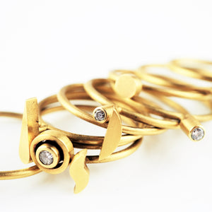 Ramshaw, Wendy – Gold Diamond Eleven Ring Set