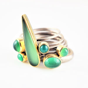 Ramshaw, Wendy – Green Carnelians Nine Ring Set | Wendy Ramshaw | Primavera Gallery