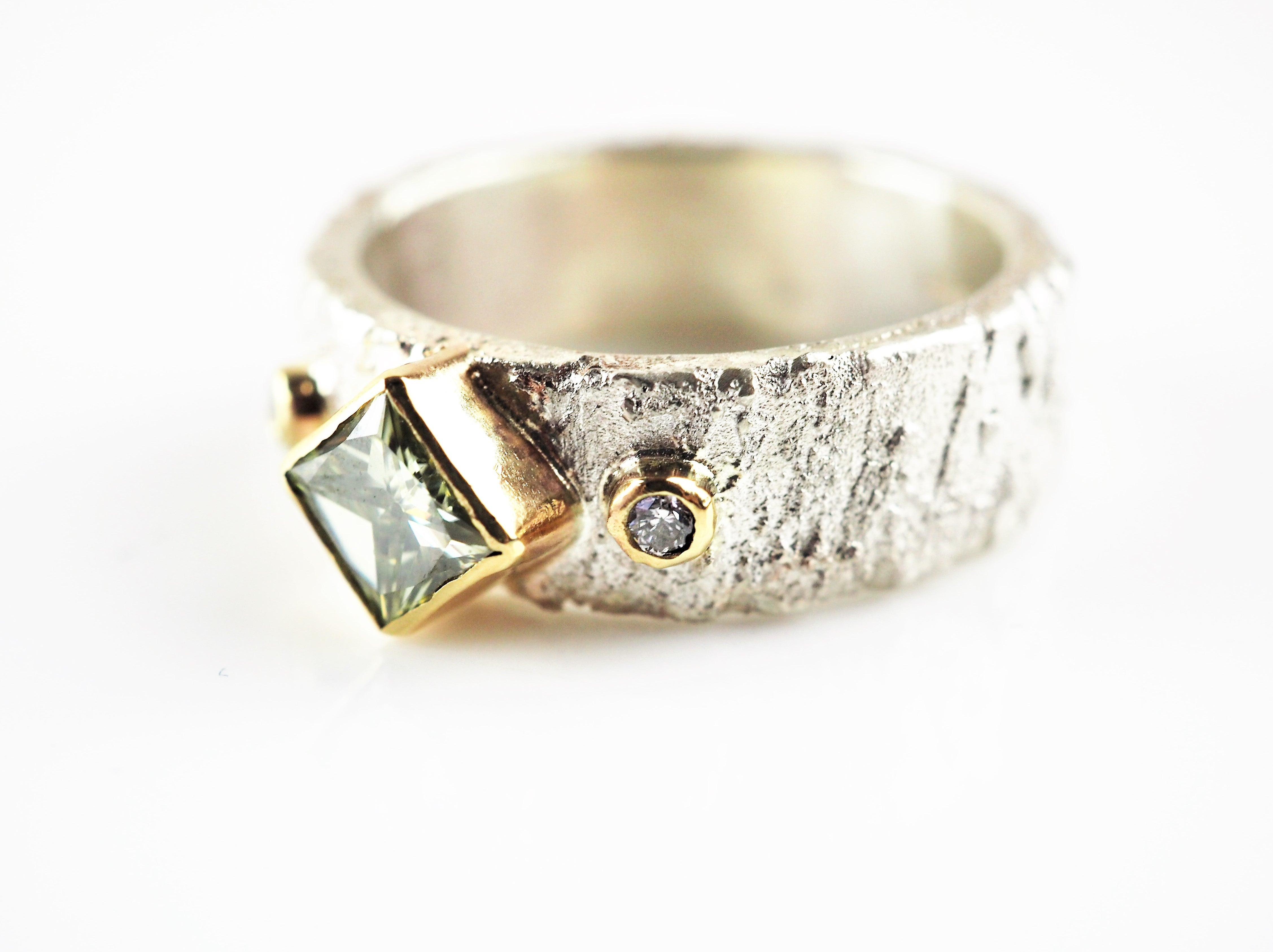 Hanl, Susanna – Silver and Gold Moissanite Ring | Susanna Hanl | Primavera Gallery
