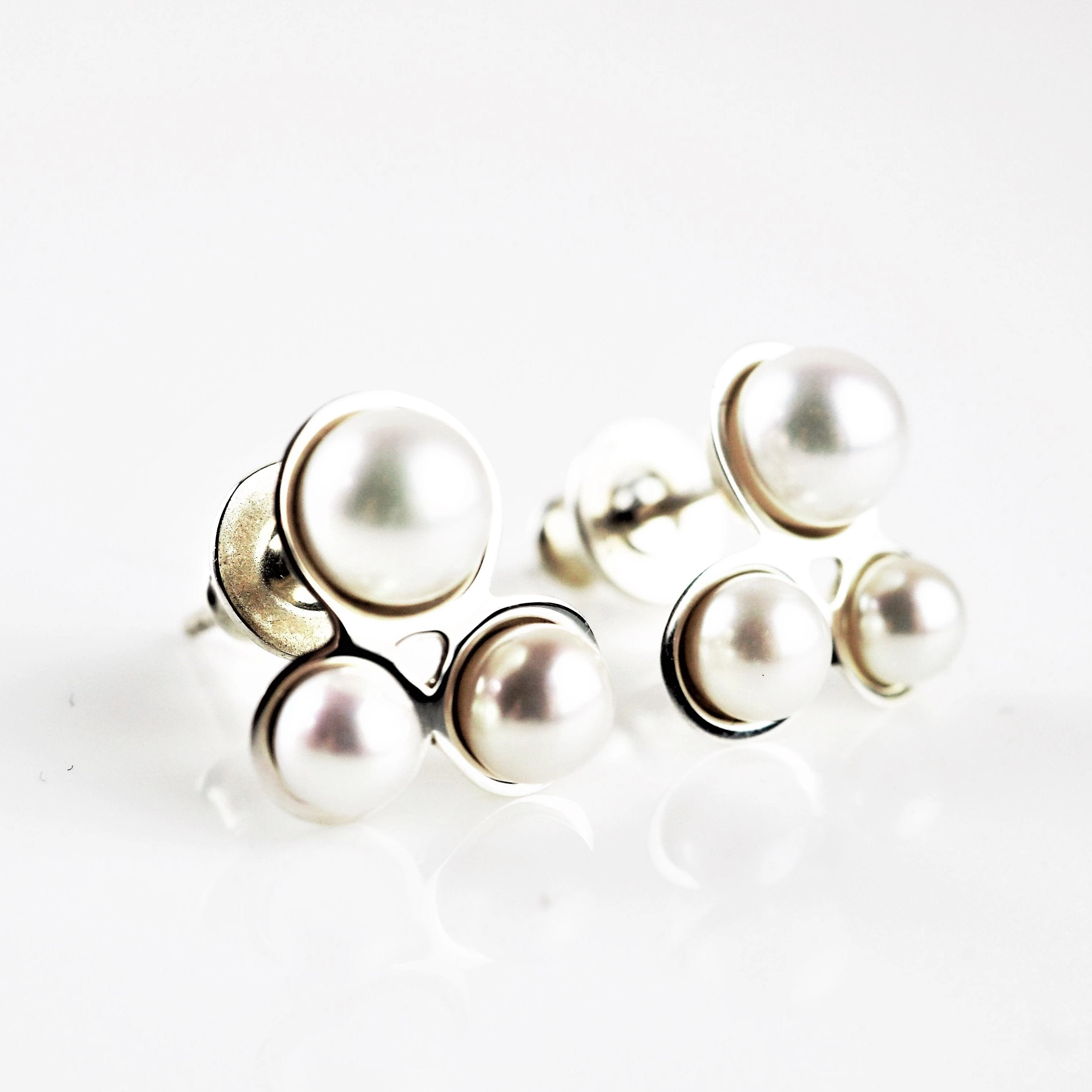 Gilbert, Jenny – Pearl Cluster Earrings | Jenny Gilbert | Primavera Gallery