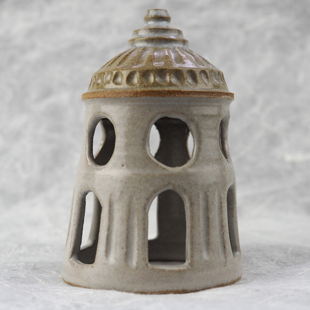 Chakravarti, Leela - Small Tower Candle Lamp