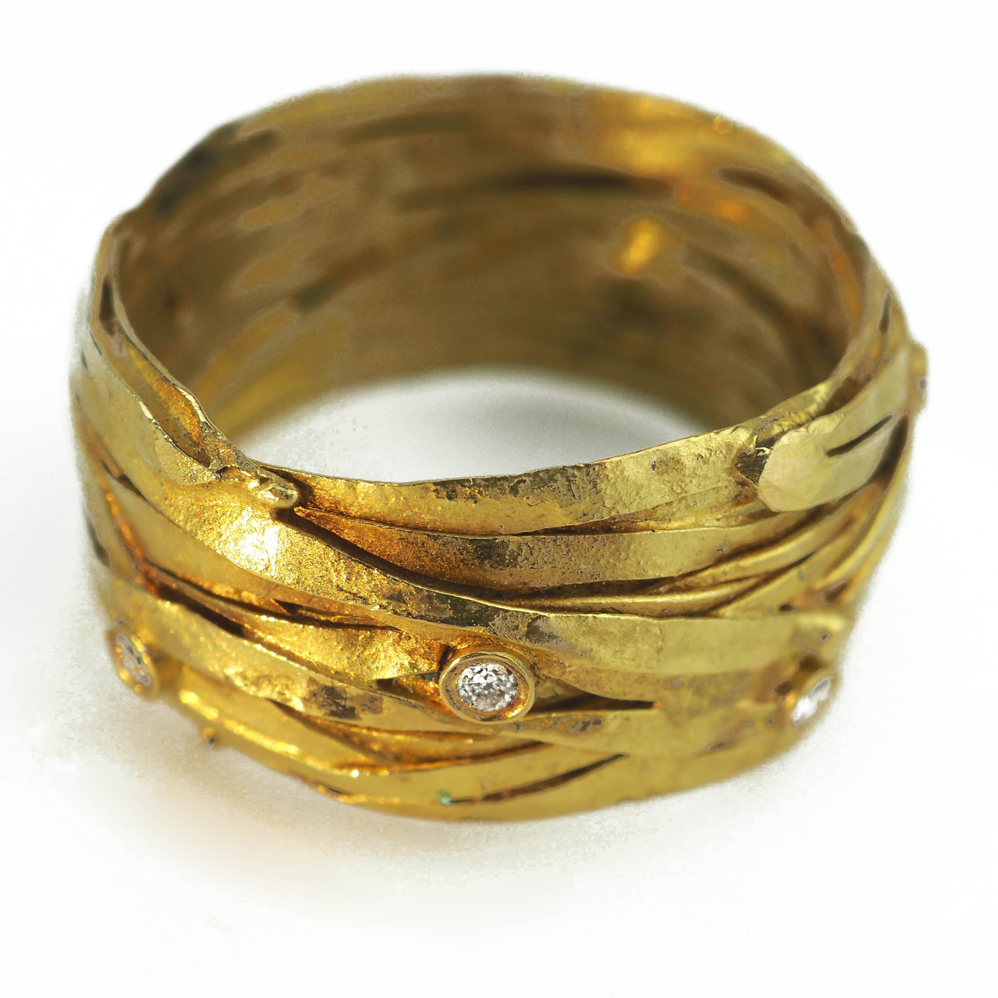 Carlow, Shimara – 18ct Gold Wrap Ring With Diamonds | Shimara Carlow | Primavera Gallery