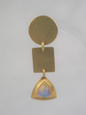 Mannheim, Catherine – Gold and Opal Earrings