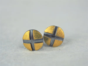 Klosowski, Kai - 22ct Gold and Oxidised Silver Studs