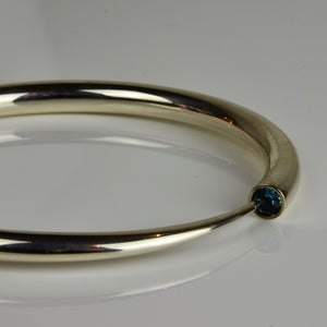 Finch, Paul – Silver and Topaz Detailed Bangle | Paul Finch | Primavera Gallery