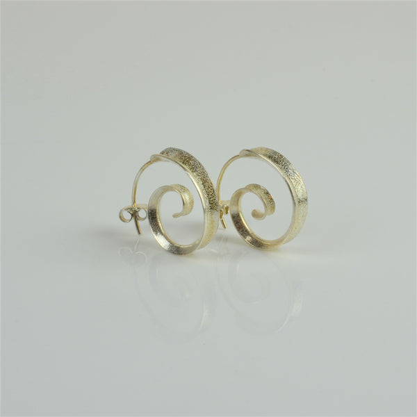 Johnson, Stephanie – Silver Curl Earrings | Stephanie Johnson | Primavera Gallery