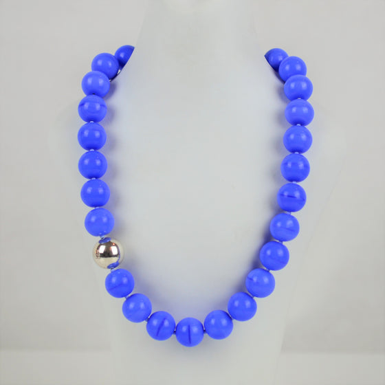 Silver and Blue Glass Necklace | Sari Teitelbaum | Primavera Gallery