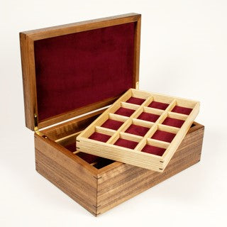 Pearce, Jonathan – Walnut Jewellery Box