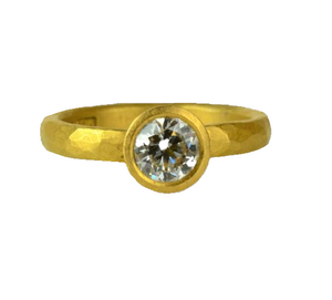 Betts, Malcolm – Brilliant Cut Diamond Gold Ring | Malcolm Betts | Primavera Gallery