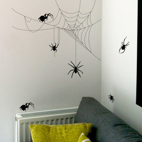 Quick and easy ways to decorate your home for Halloween