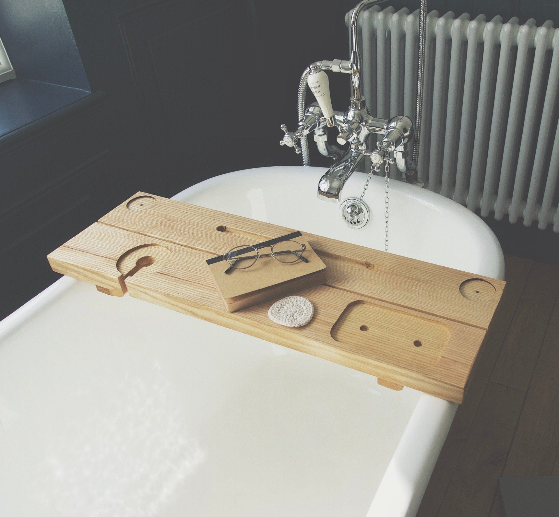 Calmar Bath Caddy in Ash