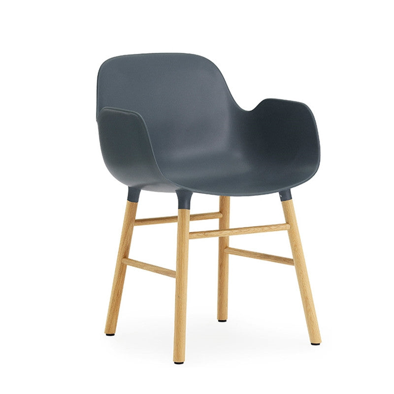 Form Armchair oak - ONE HOUSE