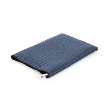 15 inch Macbook Sleeve chalk stripe - ONE HOUSE