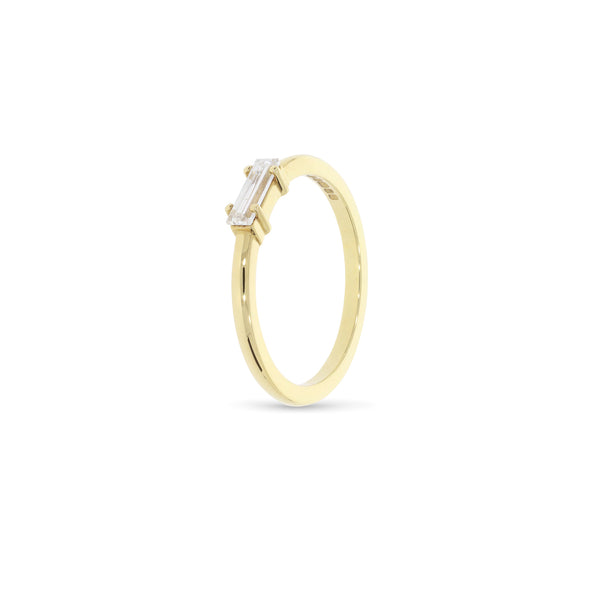 Diamond baguette gold ring