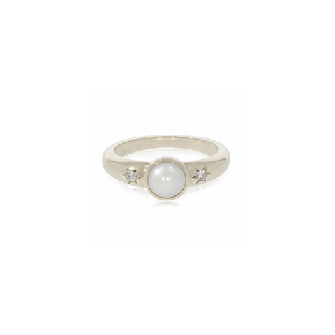 Pearl and diamond silver ring
