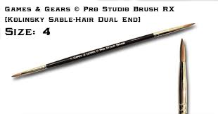 Games & Gears Dual End Size 4 Pro Studio Brush. ( Kolinsky sable hair)