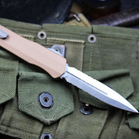 Microtech Cypher SMOOTH TAN Body DE Stonewash Finish Part Serrated 242S-11 TA
