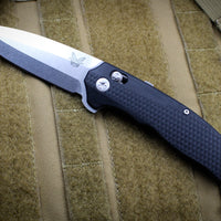 Benchmade Vector Satin Spear Point Blade Black G-10 Body Axis-Assist Flipper 495