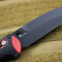 Benchmade Boost Axis-assisted Black Chisel Pry Tip Black/Red Body 591BK