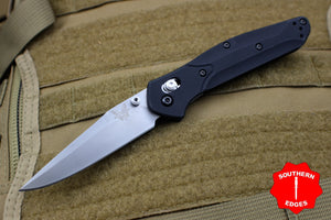 Benchmade Osbourne Satin Clip Point w Blue Backspacer Axis lock folder 943