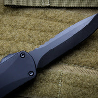 Heretic Manticore-E OTF Auto Black Single Edge With Black DLC Blade H026-6A-T