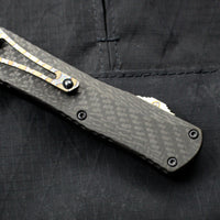 Heretic Manticore-E OTF Auto Recurve Edge Carbon Fiber Bottom Black Top DLC Plain Edge H029-6A-BLK/CF