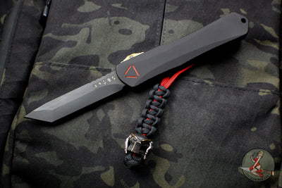 Predator Series Heretic Manticore-X Tanto Edge DLC Blade OTF Auto With Special Predator Language Serials Carbon Fiber Chassis Special Harding Silver/Copper Bead H031-6A-PRED
