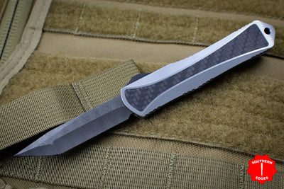 Heretic Custom Manticore-S OTF Auto Stainless Steel Chassis Carbon Fiber Inlaid Tanto Edge Damascus Blade
