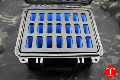 Pelican P-1300 Vertical 21 Knife Case - Blue Interior