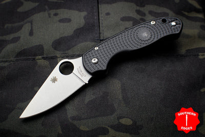 Spyderco Para 3 Lightweight Black Folder with Satin Plain Edge C223PBK