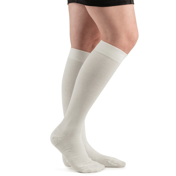 Actifi 20-30 Cotton Comfort Compression Socks, White