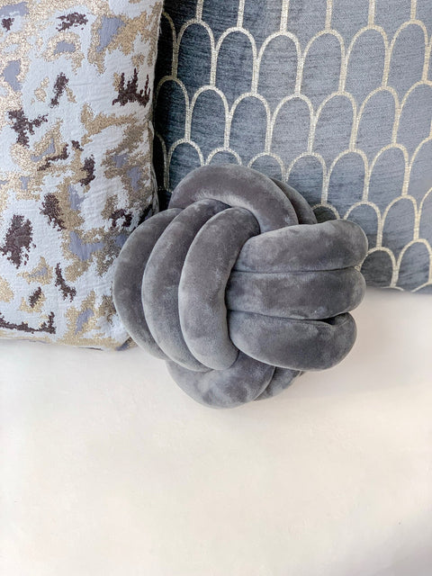 Velvet Knot Pillow (Three Colors)