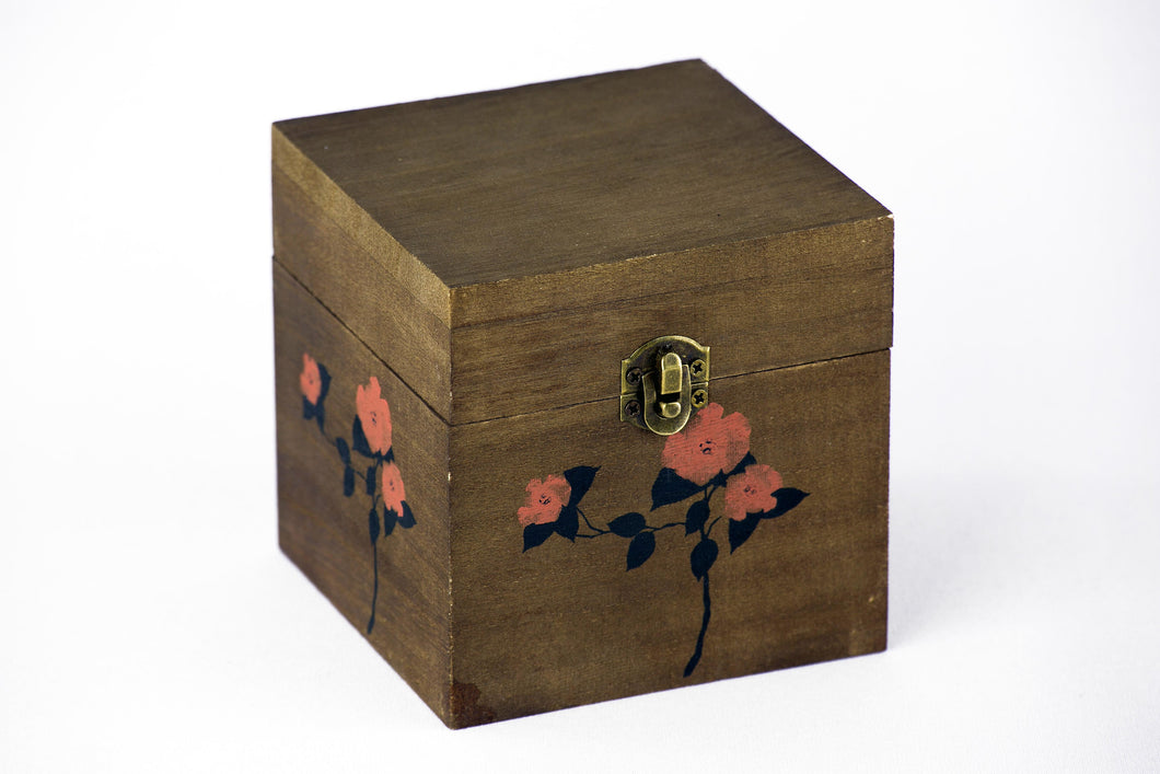 Robinson Half Chest Replica Box (with or without the Five Teas of the Boston Tea Party)